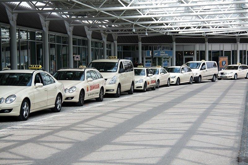 Taxi bagażowe w Warszawie