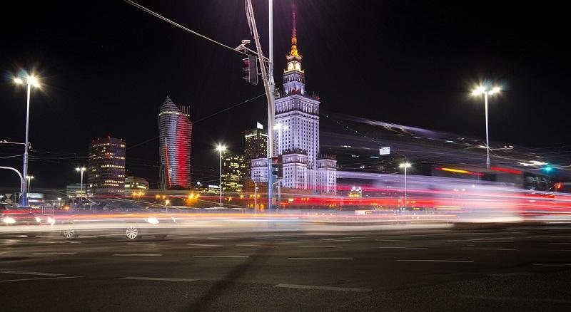 W Warszawie można zamówić wygodne taxi busy